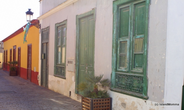 Granadilla's older street have changed little. Maria perhaps lived in a house like this one.