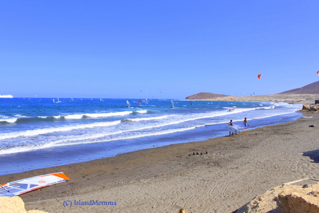 Blue skies, blue ocean and fun on the beach. Summer on Tenerife - oh, wait a minute, this happens all year round!