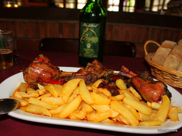 Goat stew & fries & Asturian cider