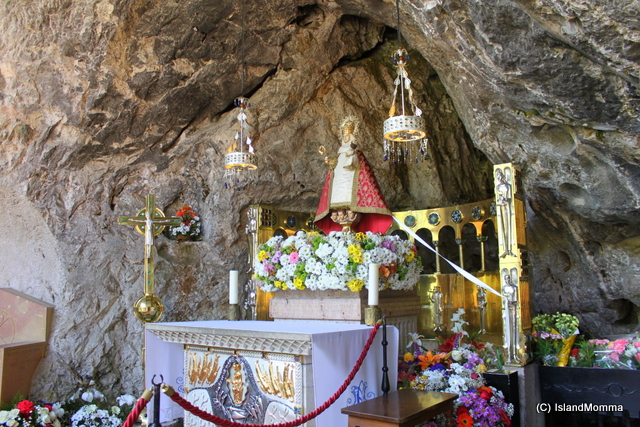 shrine covadonga