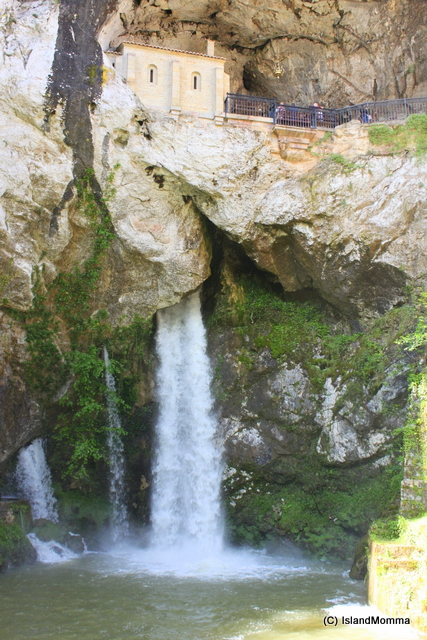 shrine and waterfall covadonga