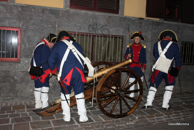 Loading cannon for the final phase of battle