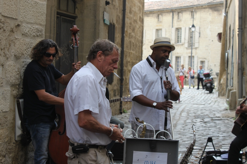 A little jazz with our shopping in Uzes, not the quality of music I'm accustomed to at a market! I tried to take video, but there were way too many people stopping to listen.