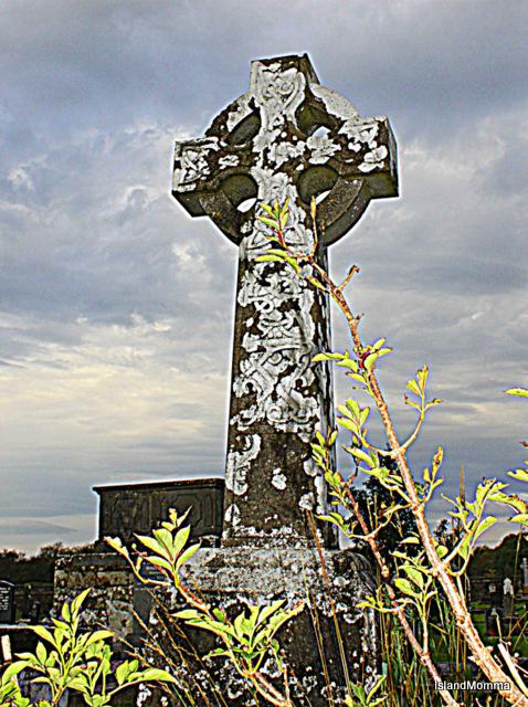 Celtic cross in Drumcliffe church graveyard
