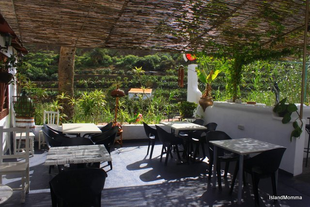 Terrace eatery in Tasca Telémaco