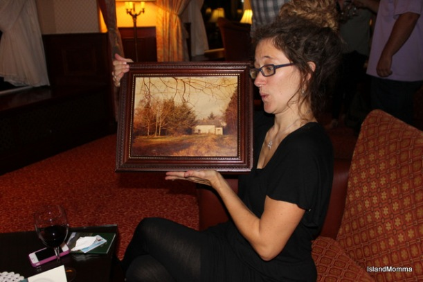 My friend and fellow blogger, Alison from The Chino House, holding a picture of the original house