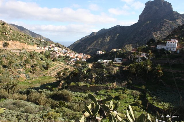 Lush valleys of La Gomera, but see how, mid afternoon, only one side of the valley is in winter sunshine?