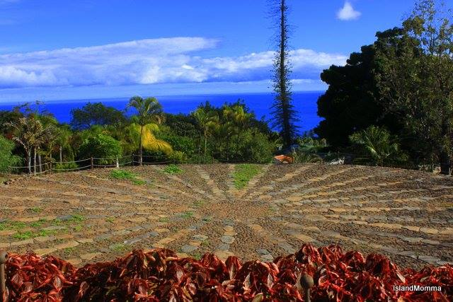 Restored and preserved threshing circles have been made into the center pieces of a shady park, overlooking the ocean in Santiago in La Gomera