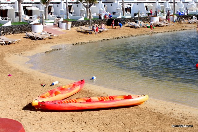 Kayaks just waiting for someone to go have some fun in the lagoon!