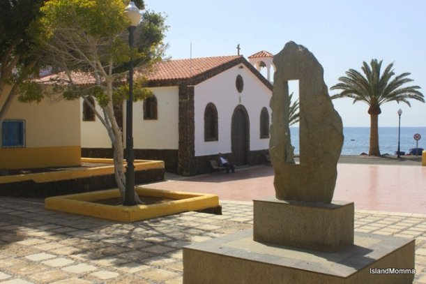 The church in Las Lajitas, almost on the beach!